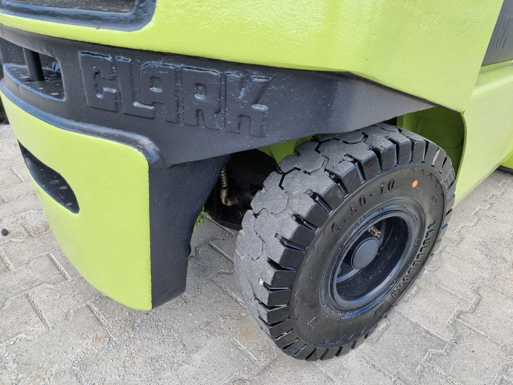 CLARK 30 – 369